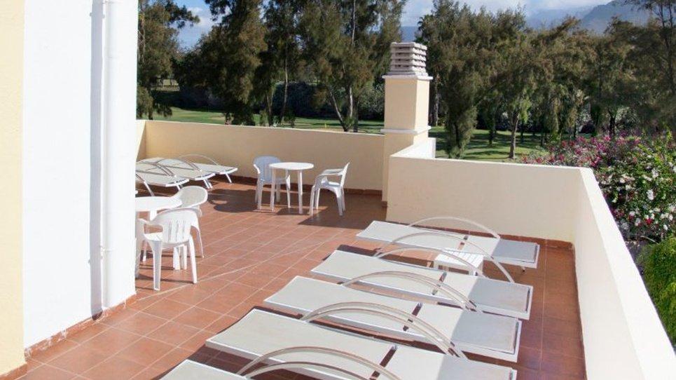 Solarium area Coral Compostela Beach Golf Hotel