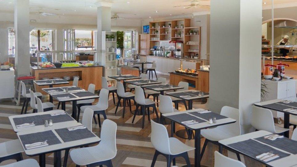 Restaurant Coral Compostela Beach Golf Hotel