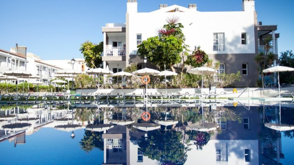 Pool for adults Coral Compostela Beach Golf Hotel